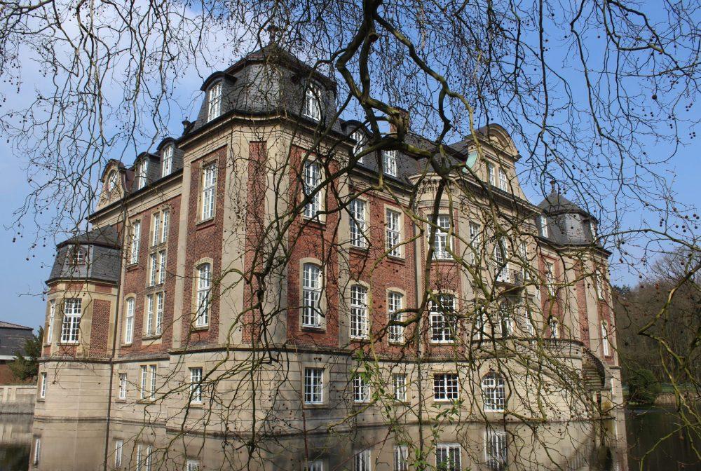 Ostbevern Touristik e.V. - Schloss Loburg