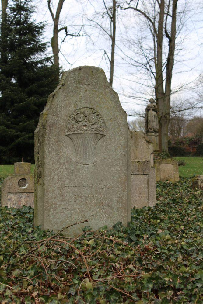 Ostbevern Touristik e.V. - Die Gedenkstätte Alter Friedhof